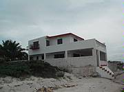 *Property is located in a sleepy fishing village called Chabihau at the top of the Yucatan. *Perfect for the birdwatcher*Writer*Complete Tranquility and isolation*Lower costs of living!The property is located between the ocean and a fresh water lak..