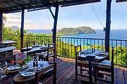 Restaurant with sea views..